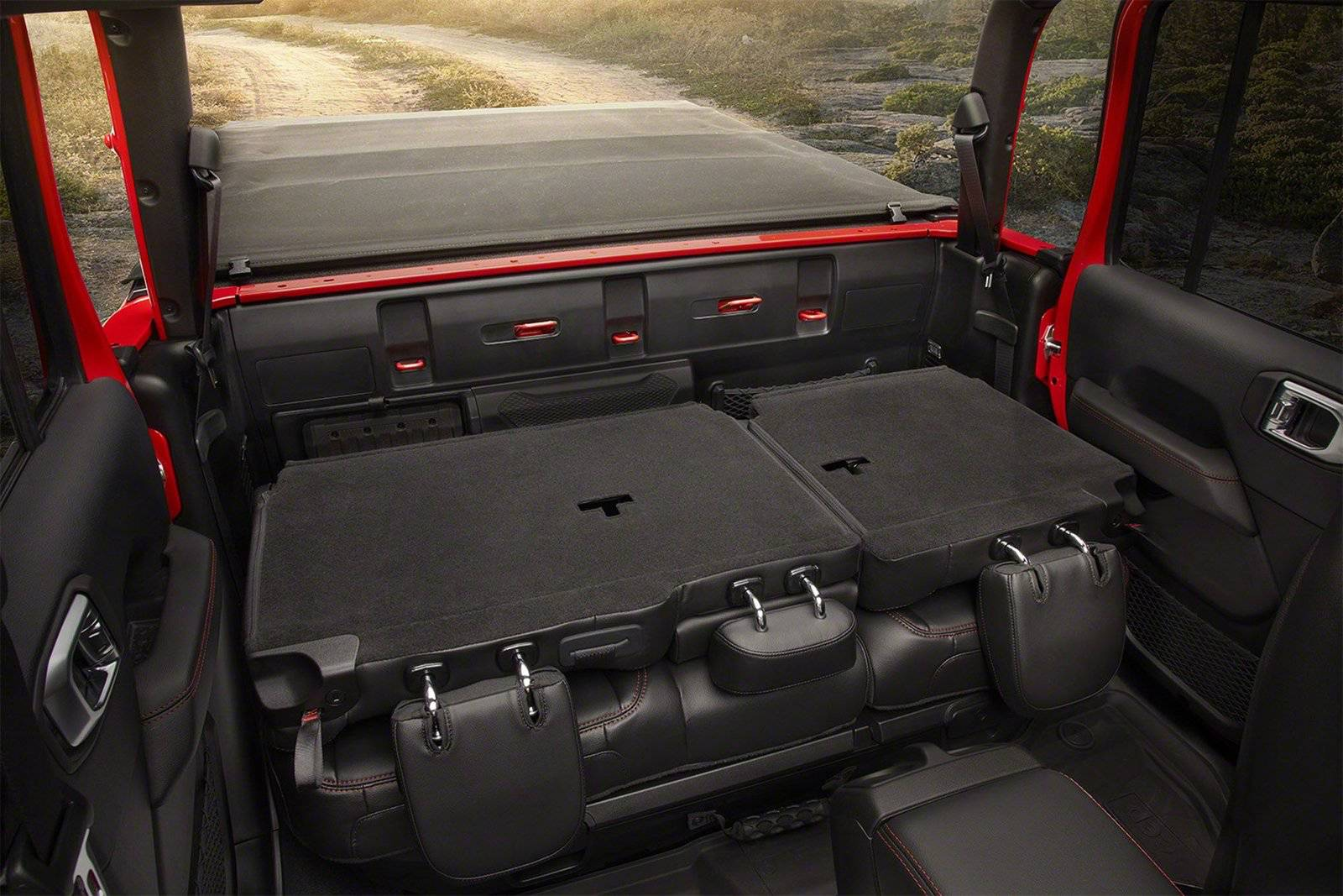 #LAAUTOSHOW: STUD OR DUD? Jeep Gladiator Breaks Cover ...