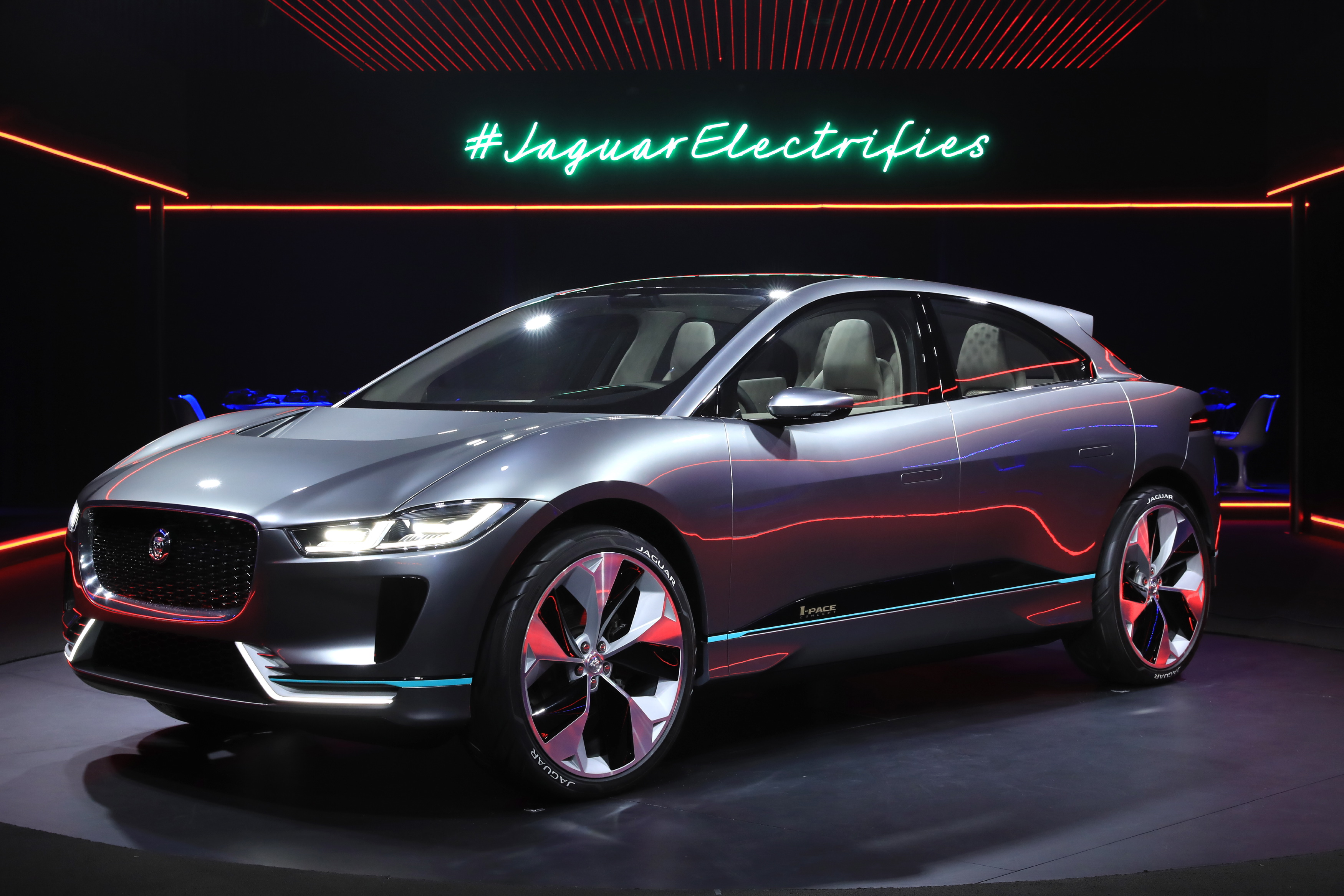 Jaguar S Engineering And Design Teams Have Torn Up The Rule Book To Create A Bespoke Electric Architecture Matched With Dramatic
