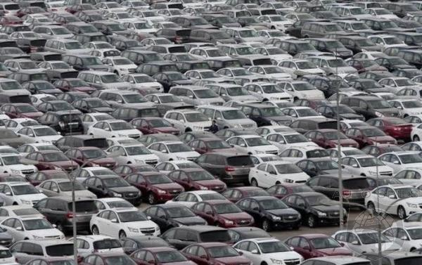 Automotive Dealer Inventories Swell To Almost Record Levels