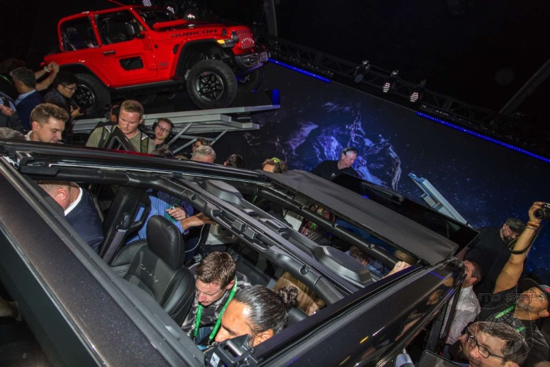 #LAAUTOSHOW: FIRST and BEST Official Jeep Wrangler REAL LIFE Photos - The Ultimate Icon!