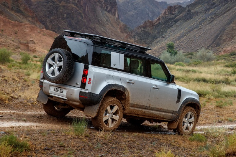 Aiming For The Wrangler? Land Rover Plans Budget Off-Roader