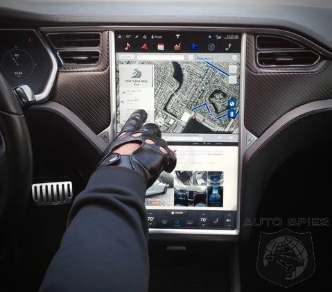 Fed Investigates Model S For Touchscreen Failures