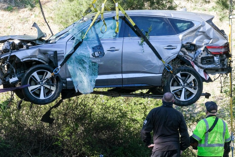 The Cat Is Out Of The Bag, Police Release The REAL Reason Why Tiger Woods SUV Crashed