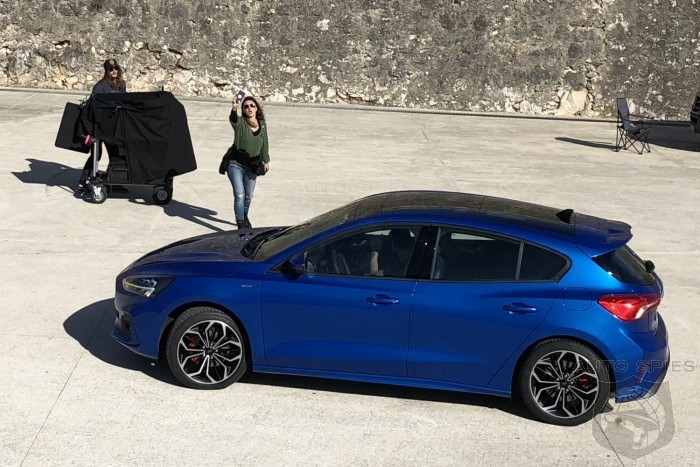 STUD OR DUD? 2019 Ford Focus Caught Cammo Free At Portuguese Photo Shoot