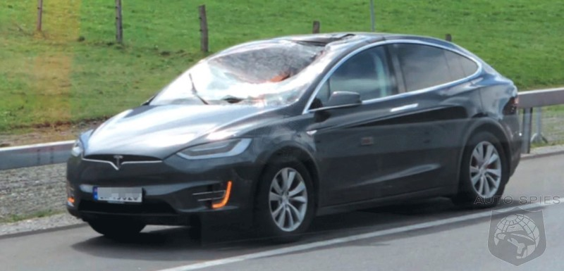 Semi Truck Wheel Breaks Free And Crashes Into Model X's Panoramic Windshield