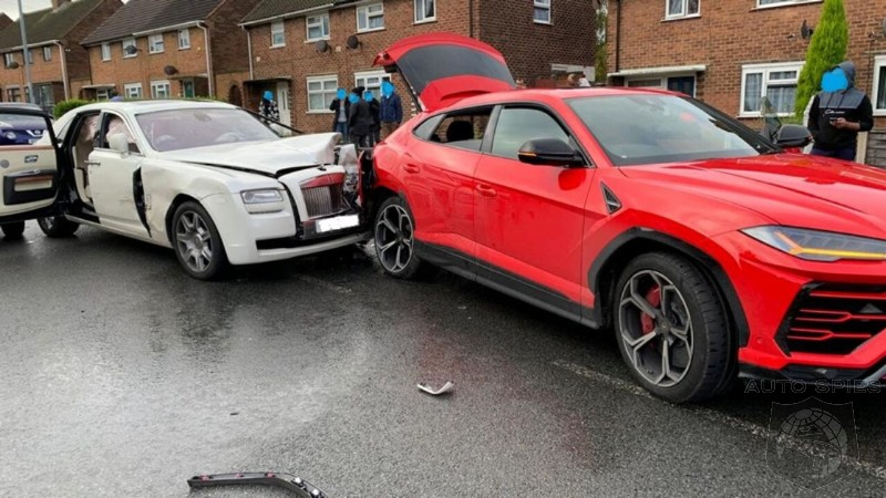 Rolls Royce Driver Flees The Scene After Crashing Into Lamborghini