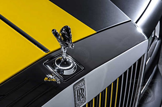 Pittsburgh Steelers' Antonio Brown Rolls Up To Training Camp In An All-New Custom Wrapped Rolls-Royce Phantom