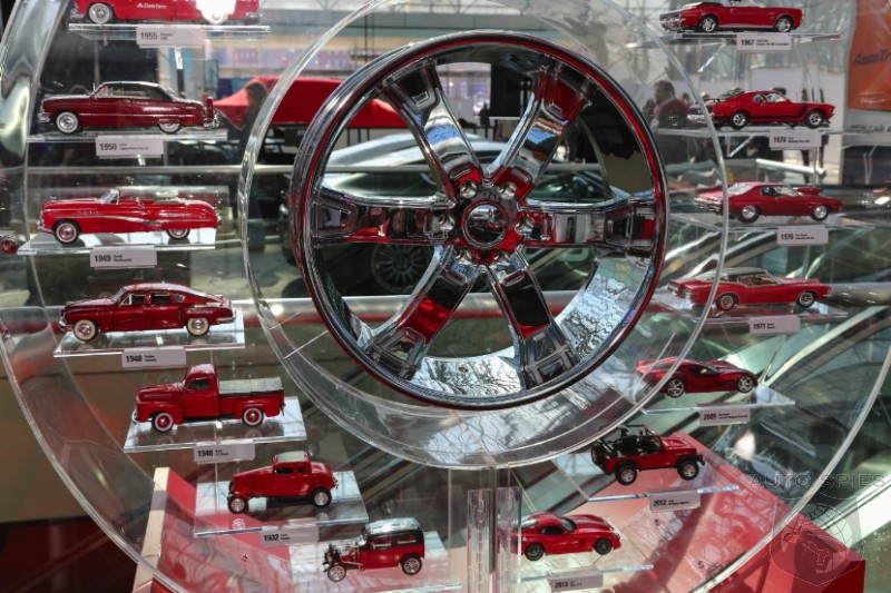 NEW YORK AUTO SHOW: Agents Hit The Floor Early For Day 2, Spies' Gallery BREAKS 750 Photo Mark!