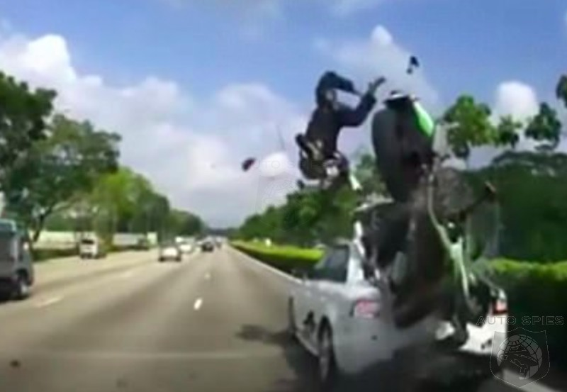 VIDEO: BRTUAL Motorcycle Crash In Singapore — Something Every Motorcyclist Should Watch