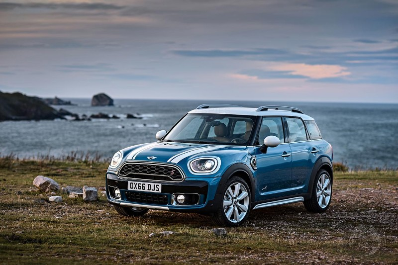 The Most Expensive 2017 Mini Countryman Costs $45,850