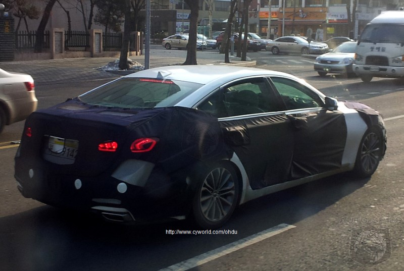 Next-Generation Hyundai Genesis Spy Shots